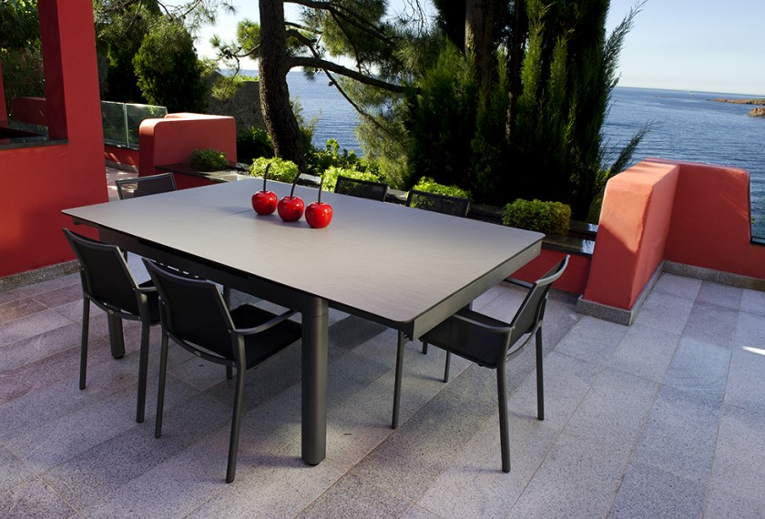 Acheter table extensible carr e hegoa les jardins for Table carree 70x70 extensible
