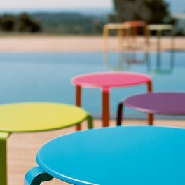 tables detail piscine alize fermob